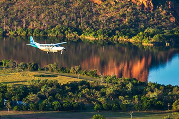 AviAir scenic flights Lake Kununurra