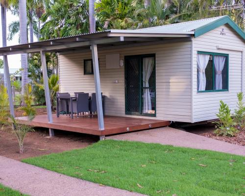 Poolside Cabins at Kimberleyland Waterfront Holiday Park Kununurra Western Australia