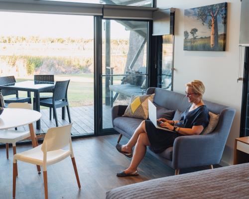 deluxe waterfront cabins kununurra Kimberleyland Holiday Park